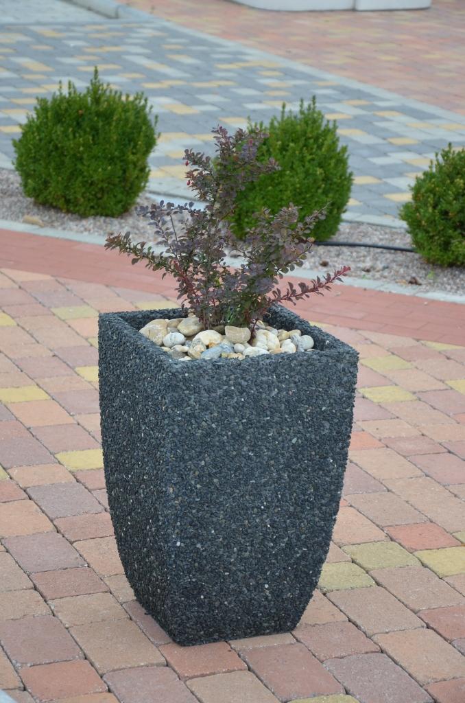 Beton server beton v e z betonu a v e pro beton v r for Mobiliar v